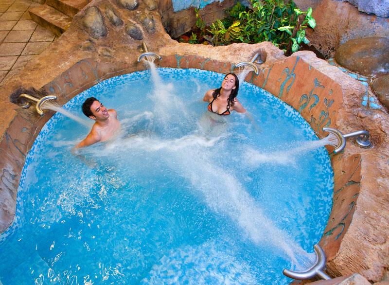 Spas en barcelona circuito de hidroterapia para despedidas - Spa aguas de barcelona ...