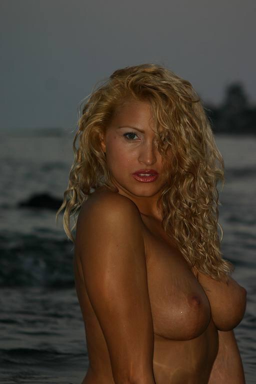 Noche strippers desnudo